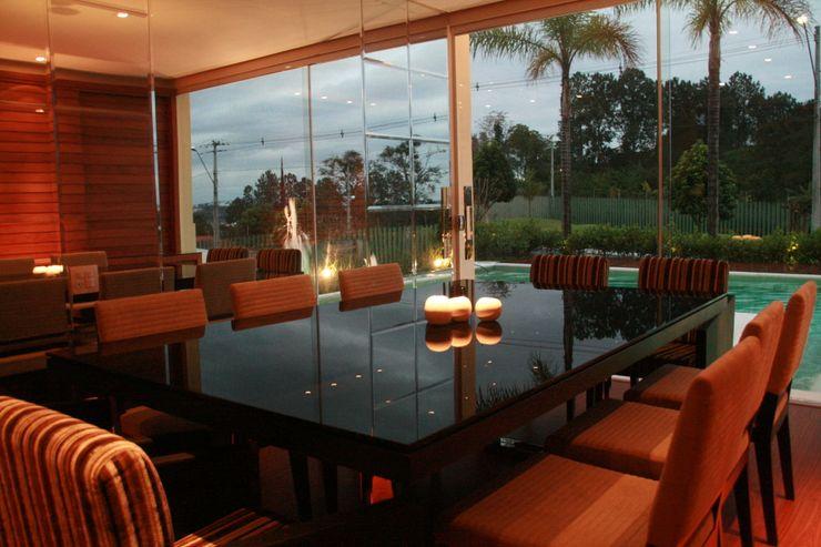 BRAVIM ◘ RICCI ARQUITETURA Modern dining room