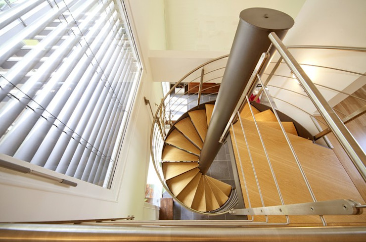 Spazio Positivo Escaleras Madera Acabado en madera