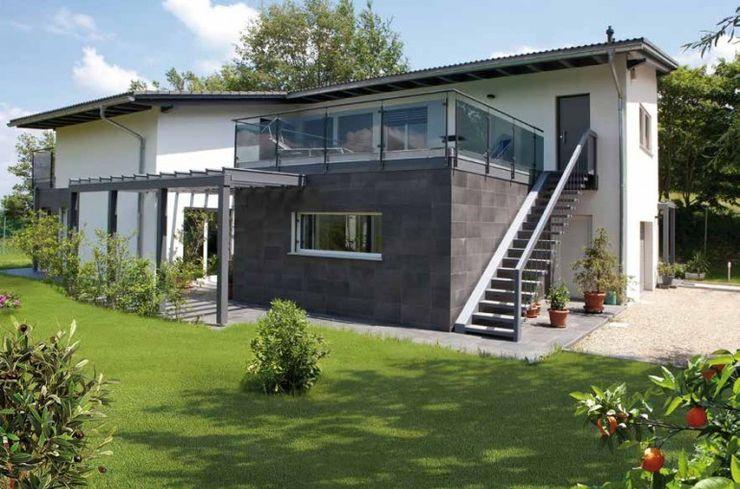 Facciata esterna Spazio Positivo Case moderne Marmo Grigio