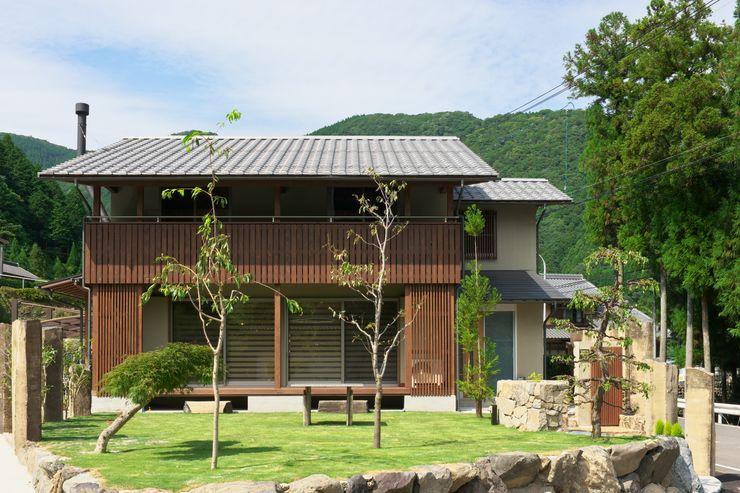 y邸 空間工房 森田 Casas estilo moderno: ideas, arquitectura e imágenes
