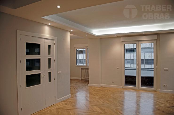 Traber Obras Living room Grey