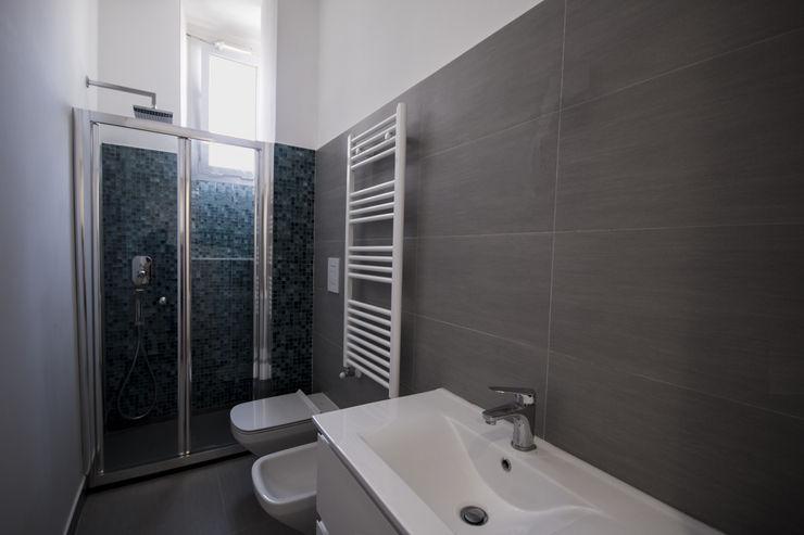 formatoa3 Studio Modern Bathroom