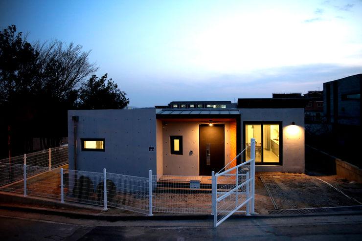 한글주택(주) 現代房屋設計點子、靈感 & 圖片