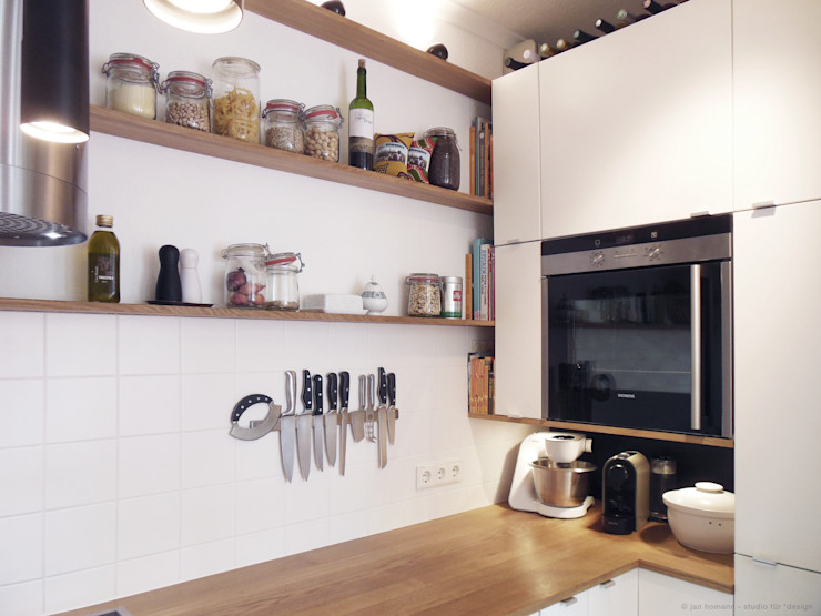 studio jan homann Modern kitchen Wood White