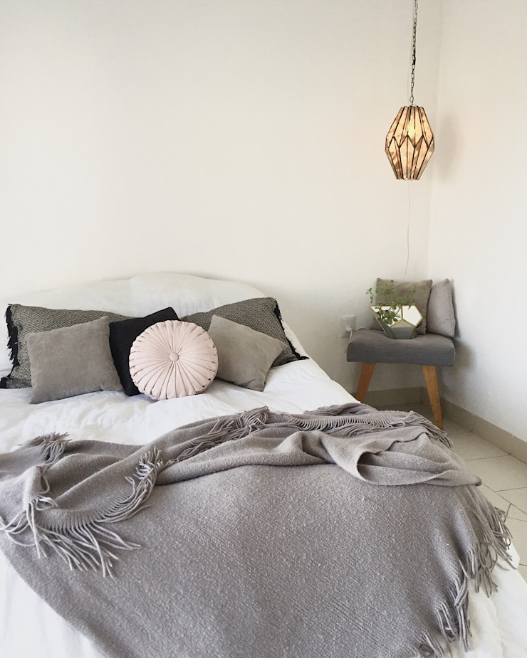 Talisma Eclectic style bedroom