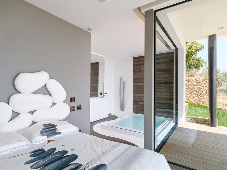 Barra&Barra Srl Minimalist bedroom