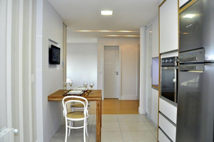 ROBERTA FANTON ARQUITETURA INTEGRADA 現代廚房設計點子、靈感&圖片