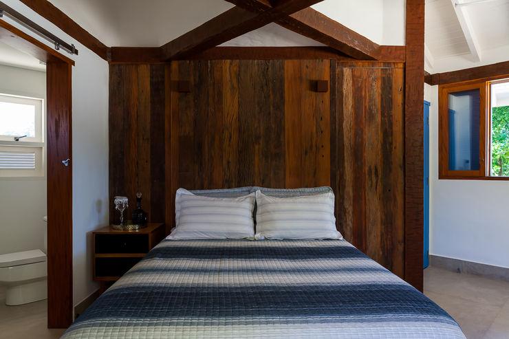 RAC ARQUITETURA Colonial style bedroom