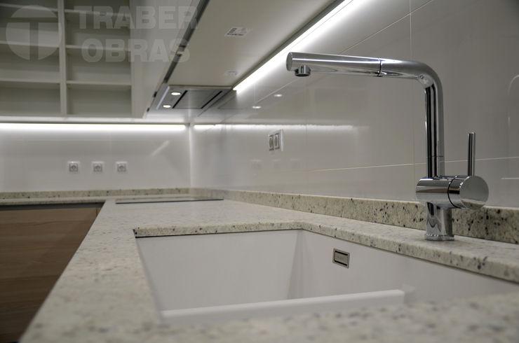 Traber Obras Kitchen White