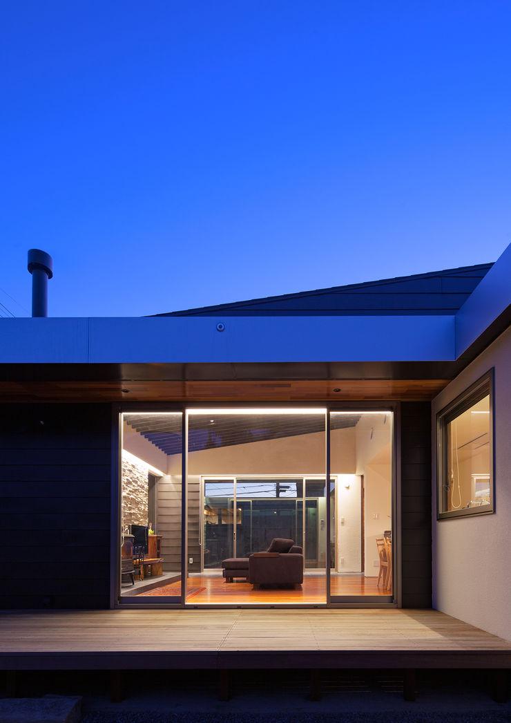 ISDアーキテクト一級建築士事務所 Case moderne Alluminio / Zinco Nero
