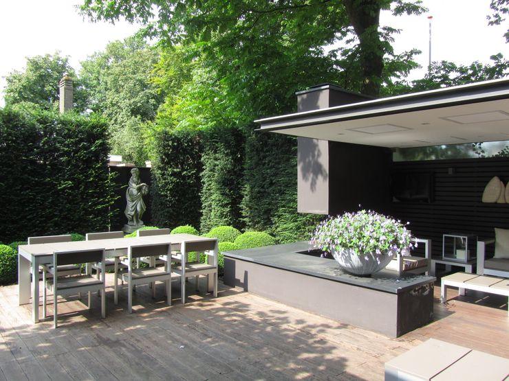Arend Groenewegen Architect BNA Balcones y terrazas de estilo moderno