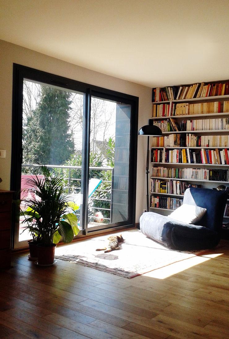 Sur-élévation à Ossature Bois AADD+ Salon minimaliste