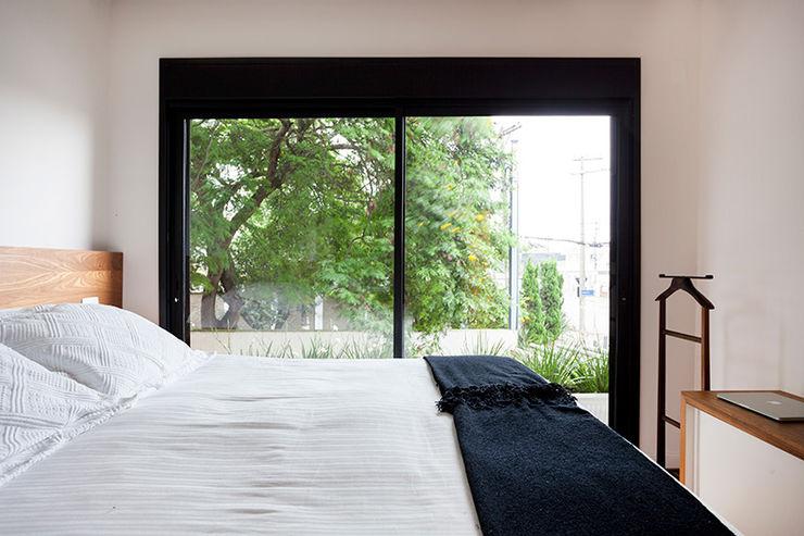 Tria Arquitetura Phòng ngủ phong cách chiết trung