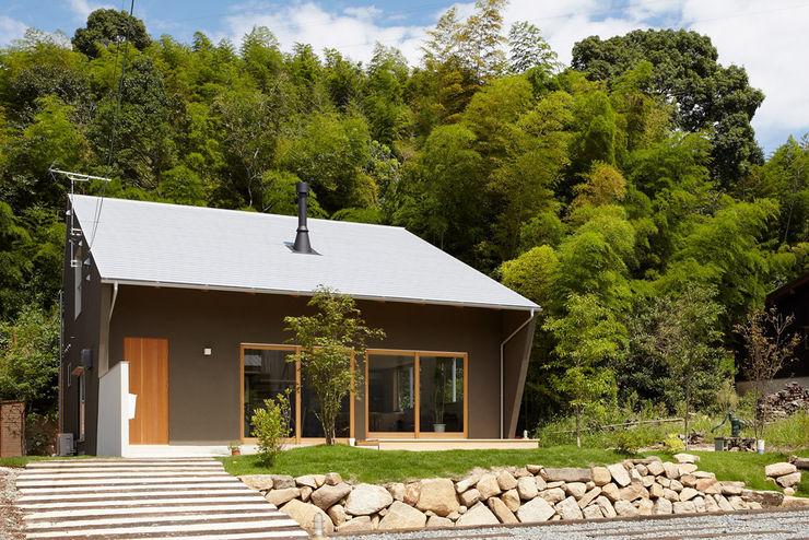 toki Architect design office Modern houses Wood Grey