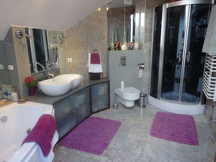 En-suit to master bedroom homify Classic style bathroom Ceramic Beige