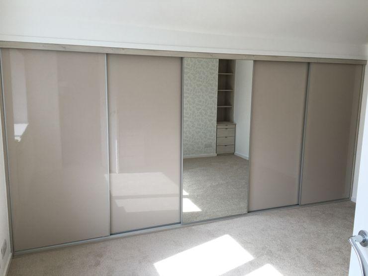 Master bedroom Design 4 living UK Quartos minimalistas