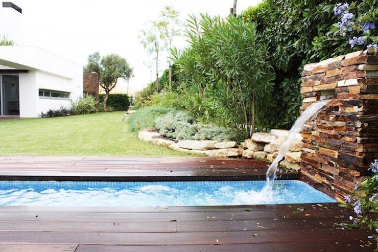 house in Vilamoura golf Matos Architects Jardins modernos Pedra Castanho