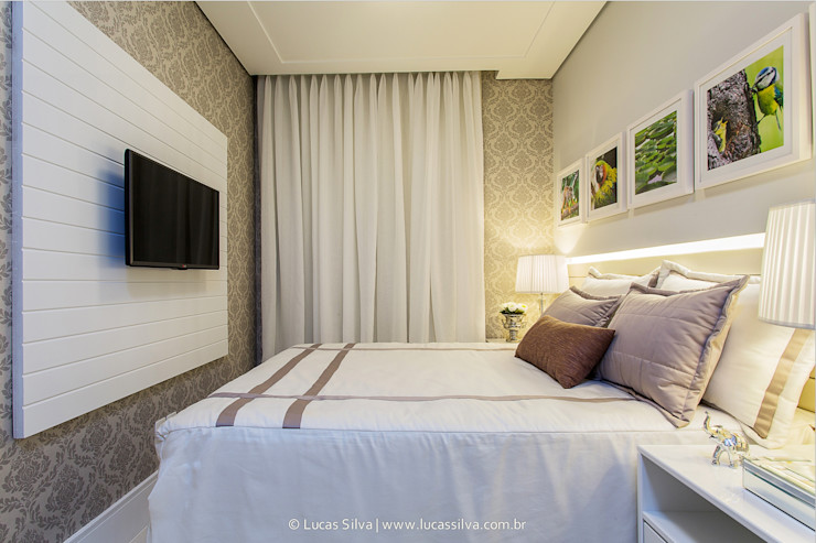 Ana Burity Arquitetura Modern style bedroom MDF Beige