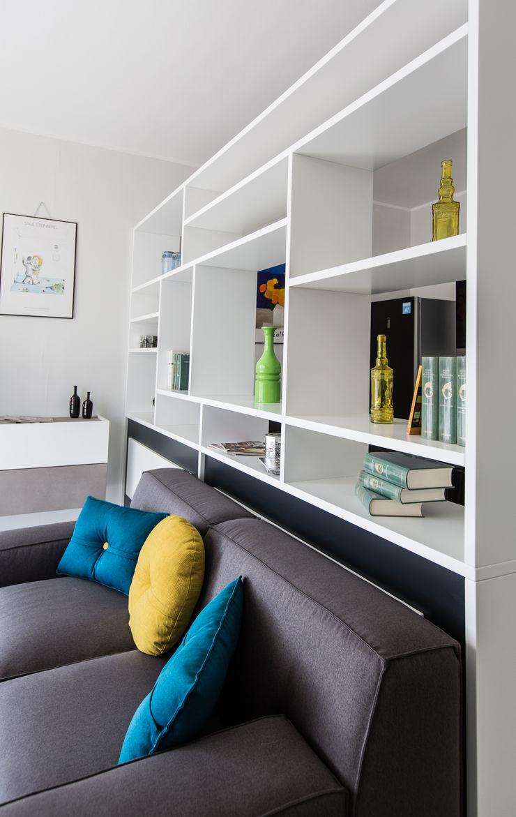 Vibo Cucine sas di Olivero Bruno e c. Living room White