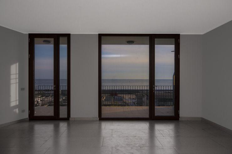 formatoa3 Studio Eclectic style windows & doors
