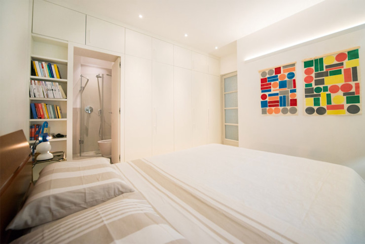 PADIGLIONE B Modern style bedroom Wood White