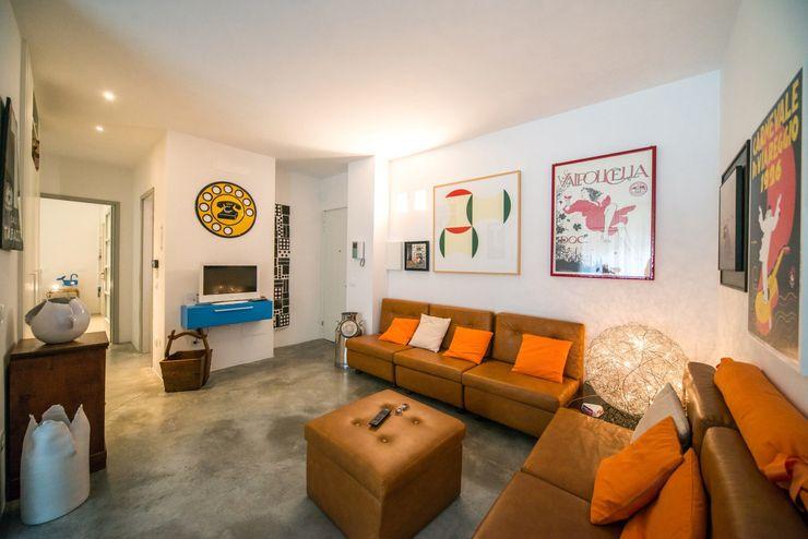 PADIGLIONE B Modern living room Concrete Grey