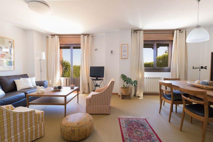 Become a Home غرفة المعيشة