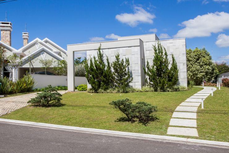 Bernacki Arquitetura Casas de estilo moderno Mármol Blanco