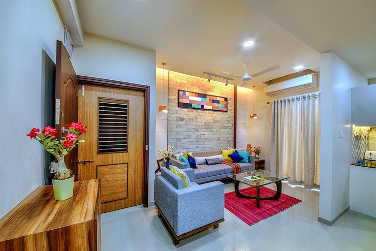 Saar Interior Design Living room Multicolored