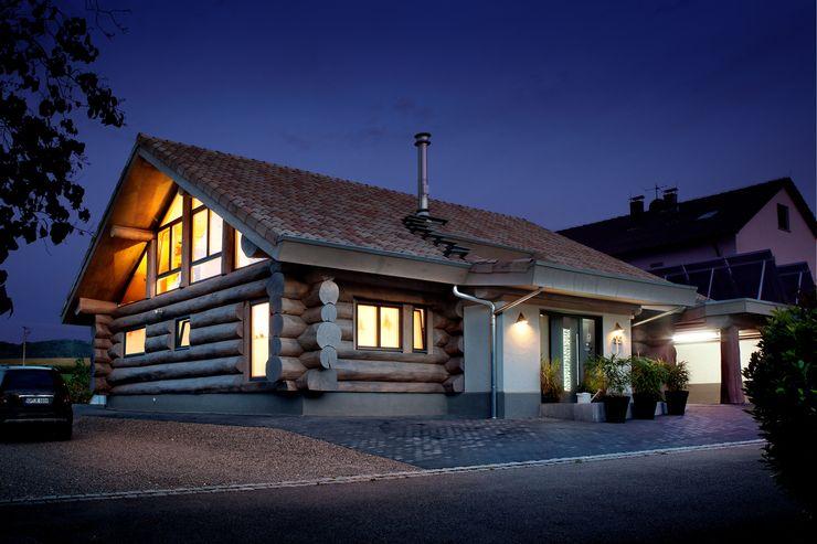 Kneer GmbH, Fenster und Türen Rustic style windows & doors