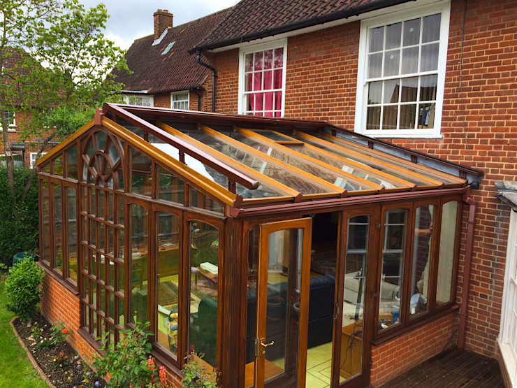External Roof Blind Installation in Welwyn Garden City. homify Fenster & TürRollos und Jalousien