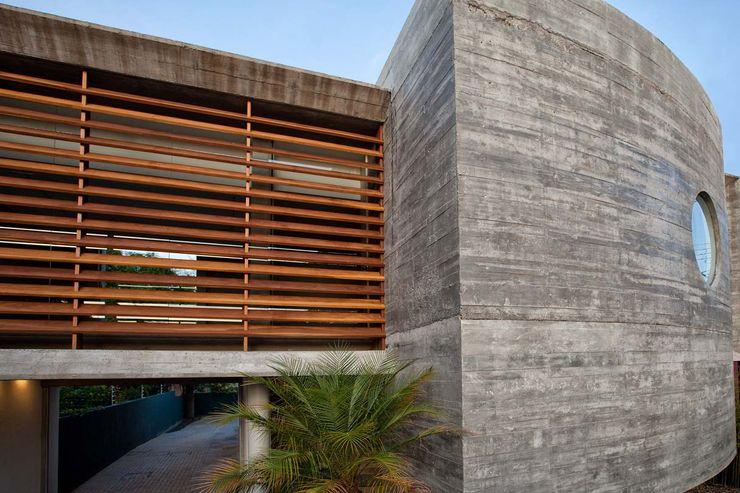 Stemmer Rodrigues Clinics Concrete