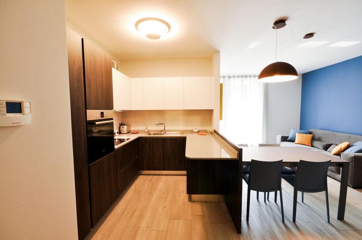 MCArc Laboratorio di architettura sostenibile 現代廚房設計點子、靈感&圖片