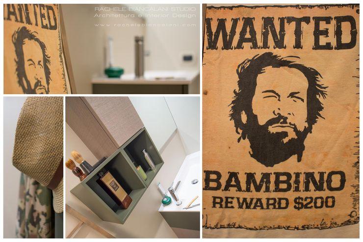 BUDROOM - Un bagno per uomini veri Rachele Biancalani Studio Spogliatoio in stile coloniale Cemento Beige