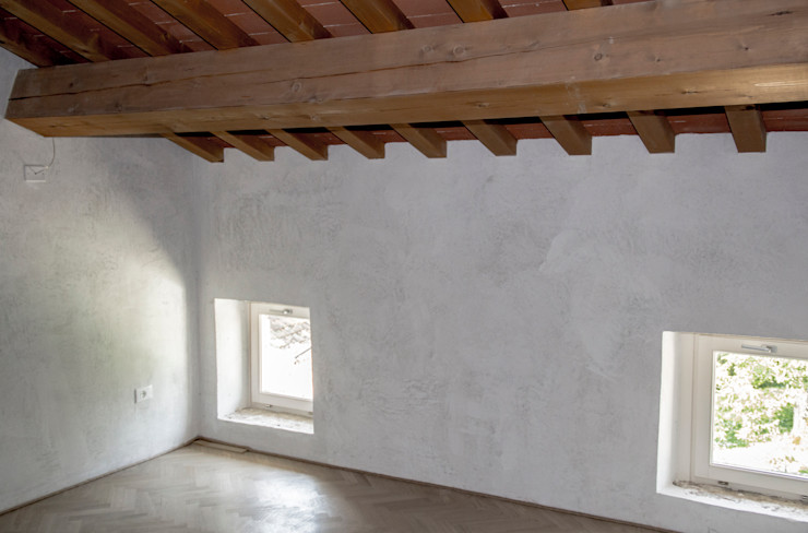Progetto MORO SAS DI GIANNI MORO Finestre & Porte in stile moderno