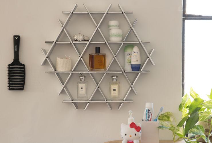 Bathroom shelf - Ruche small cardboard shelving unit chrome finish Ruche shelving unit BadkamerPlanken Papier Metallic / Zilver