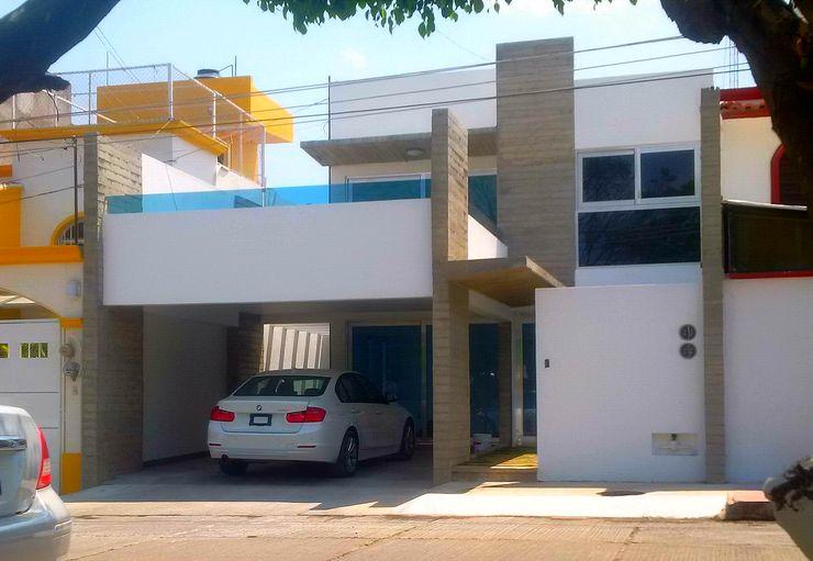 T+E ARQUITECTOS Minimalist house Concrete White