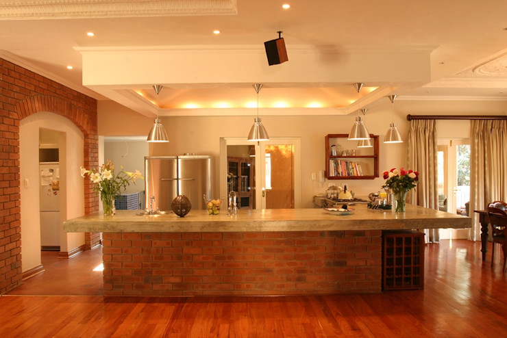 Environment Response Architecture Eclectic style kitchen