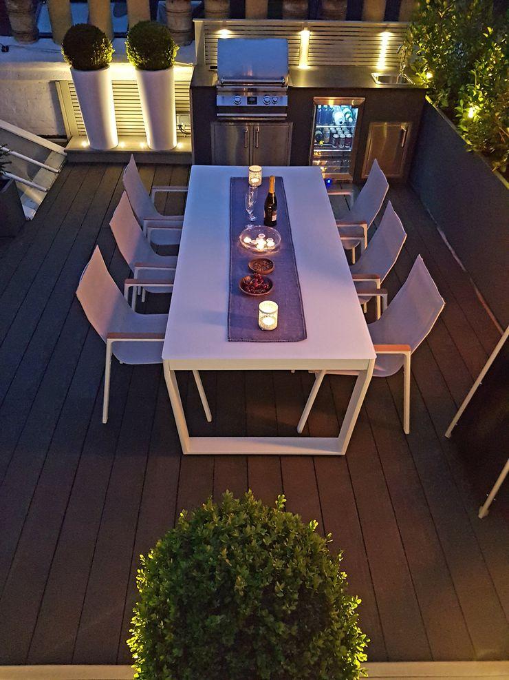 Alfresco dining Paul Newman Landscapes Modern balcony, veranda & terrace
