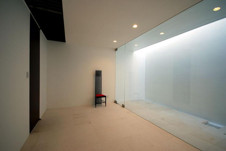 門一級建築士事務所 Nursery/kid's room Marble White