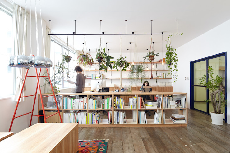 Office 一級建築士事務所 こより モダンデザインの 書斎