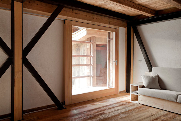 FVL ALDENA Finestre & Porte in stile rustico Legno Effetto legno