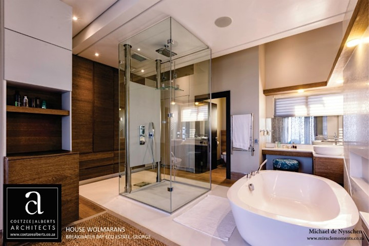 House Wolmarans Coetzee Alberts Architects Modern bathroom