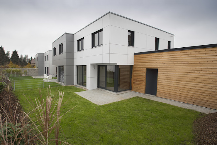 Effizienzhaus-Quartier plusEnergieArchitektur Moderne Häuser