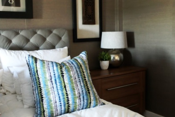 House F Margaret Berichon Design Classic style bedroom Wood Multicolored