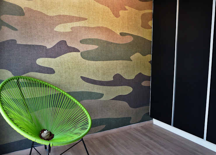 homify Industrial style walls & floors