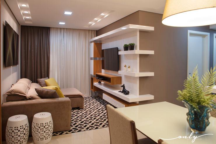 Apartamento N   H Only Design de Interiores Salas multimídia modernas