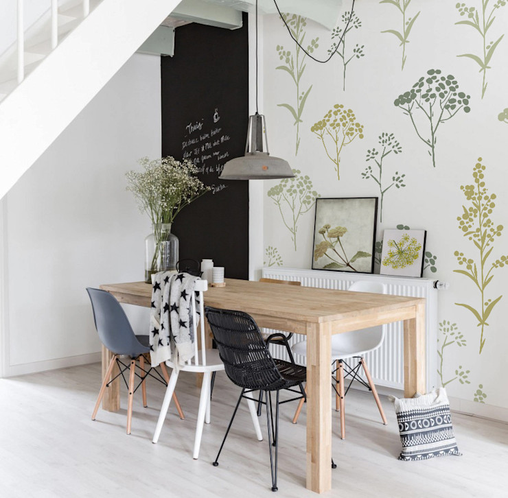 Hand-drawn Flowers Pixers Scandinavian style dining room Multicolored