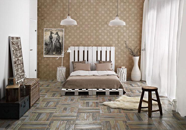 Parisian style Pixers Classic style bedroom Beige
