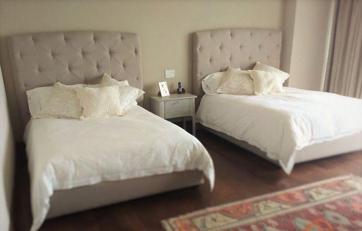 Estilo en muebles СпальняЛіжка та спинки Синтетичні Бежевий
